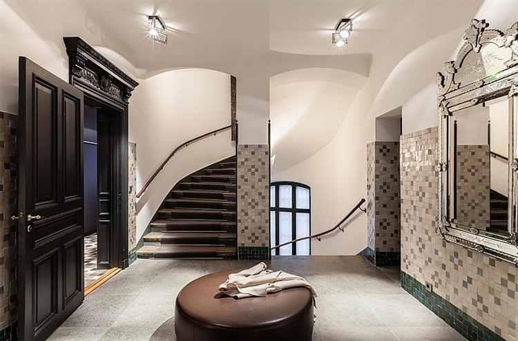 013-stunning-apartment-middle-stockholm