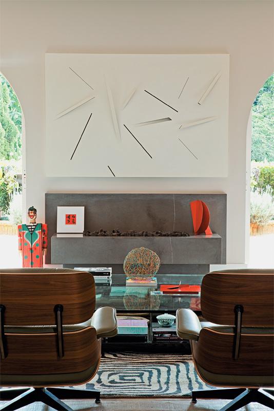01-apartamento-decorado-obras-de-arte-brasileiras