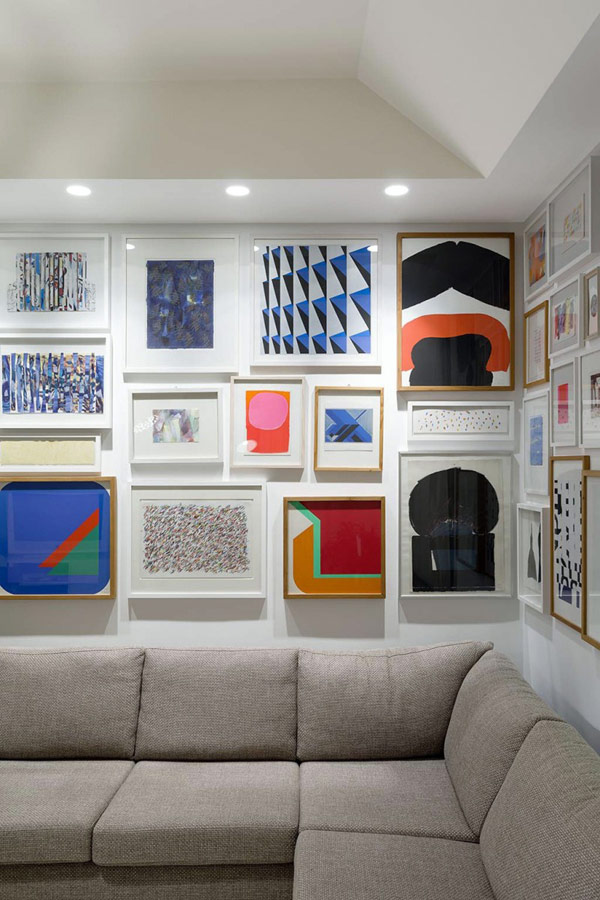 art-works-modern-apartment