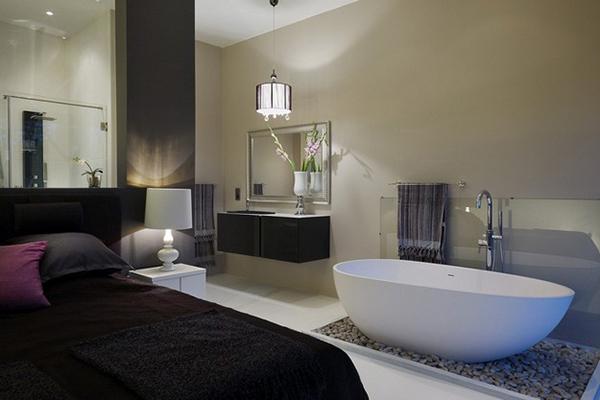 Bathtub-