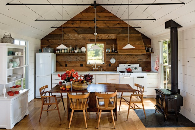 540-Square-Foot-Home-For-A-Family-of-4-2