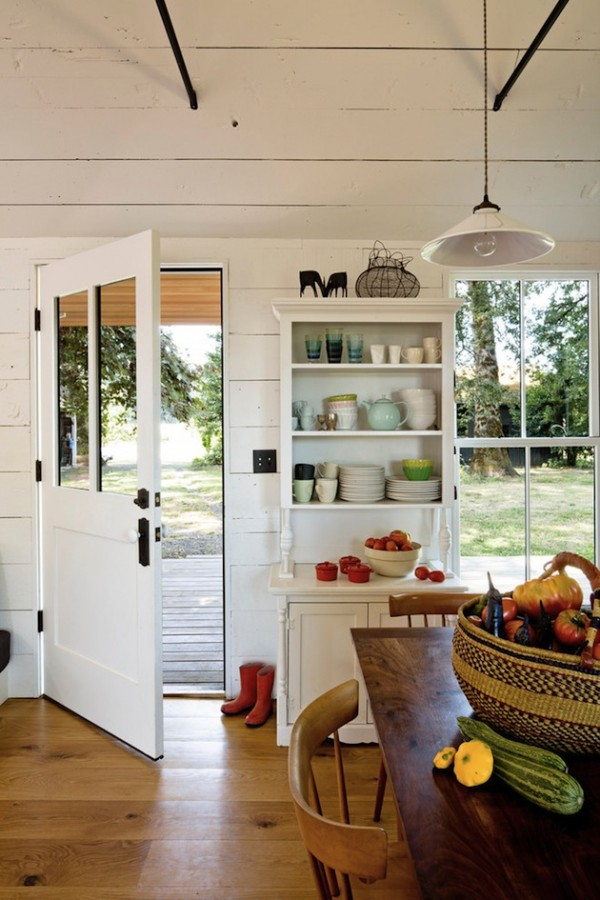 540-Square-Foot-Home-For-A-Family-of-4-4