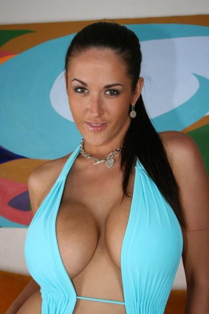 Порно актриса кармелла