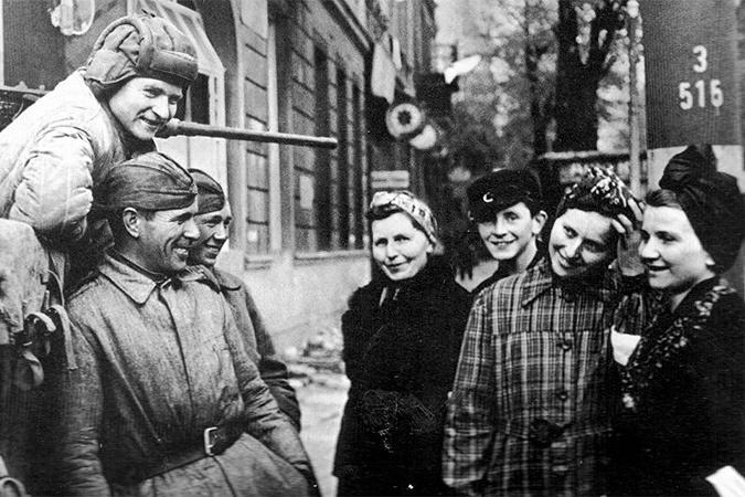 Как немцы ебали наших баб