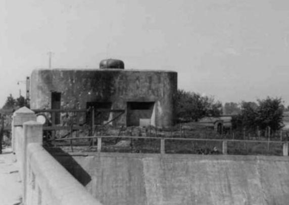 Один из наблюдательных пунктов укрепленной группы Аубин-Ньюфонте.