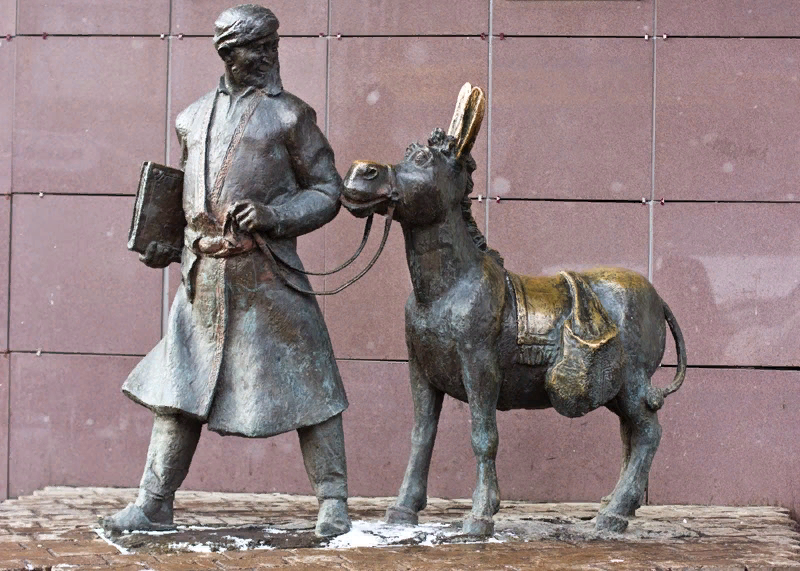 Ходжа Насреддин и его осел. Москва