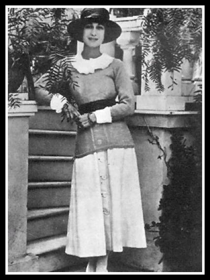 Уоллис . 1919