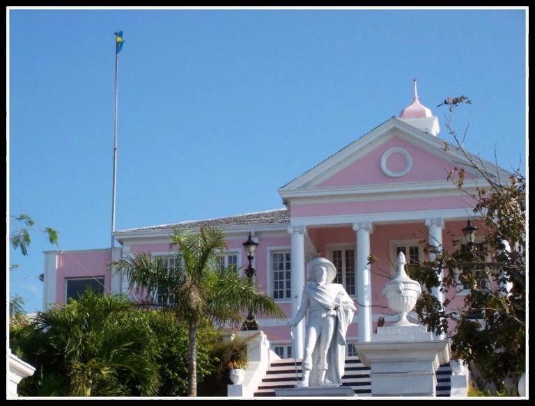 Губернаторская резиденция на Багамах