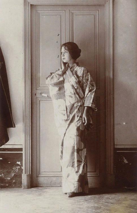 Ева Гуель. фото П.Пикассо, ок 1914