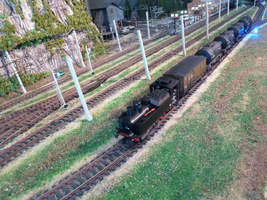 Loco_TZ_168_i_train_1