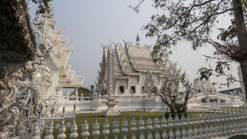 Белый Храм (Wat Rong Khun) в Чианграе