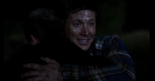 Dean hugs Cas 01
