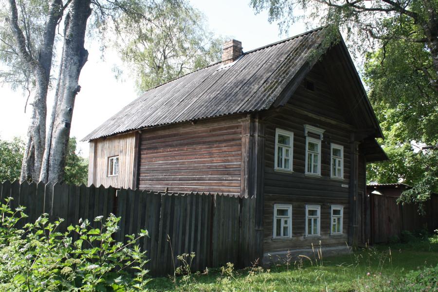 Дом в приозерном переулке