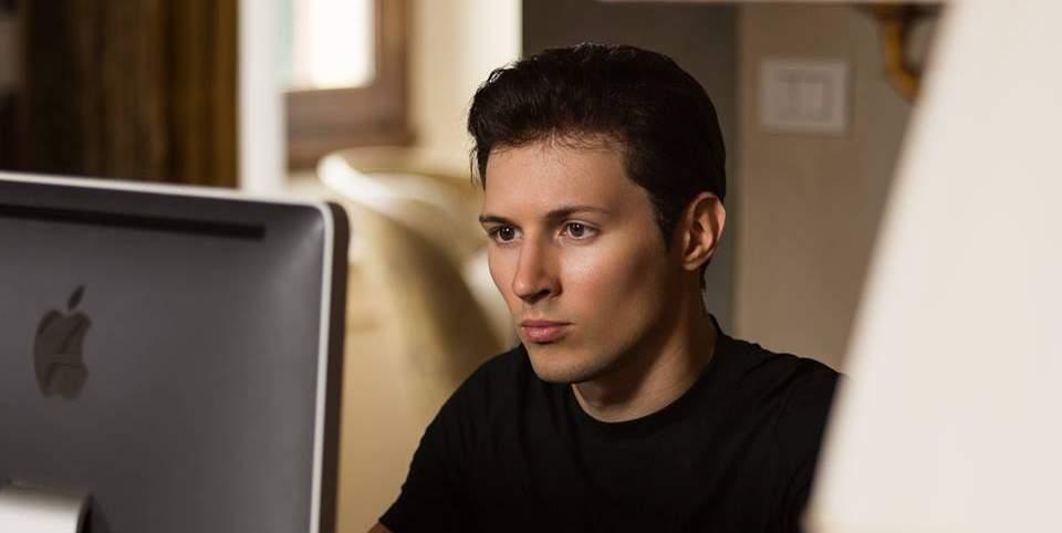 Увольнение Павла Дурова: поздравительная открытка для Порошенко