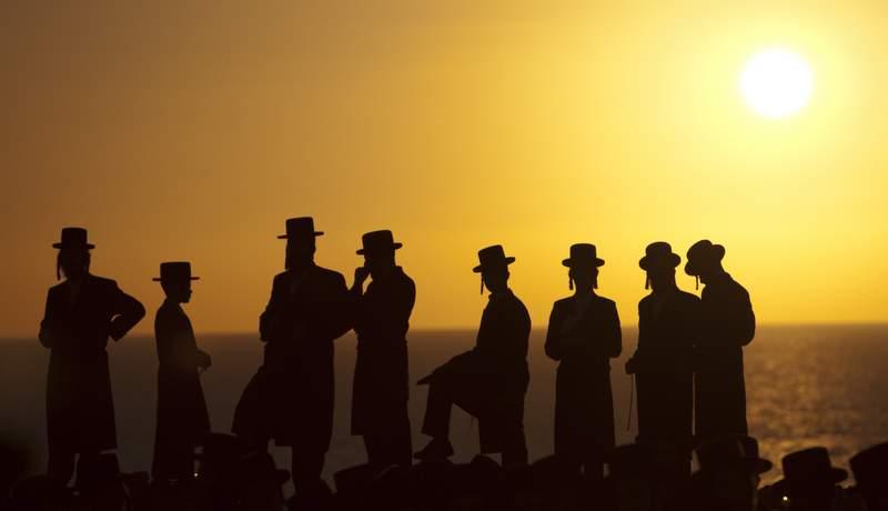 Церемония Ташлих у моря в Герцлии, фото AP