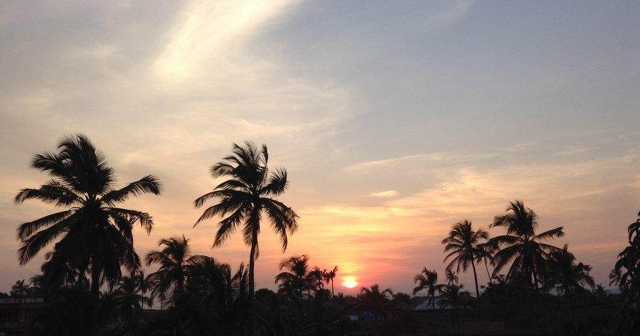 Закат над Черепаховым пляжем