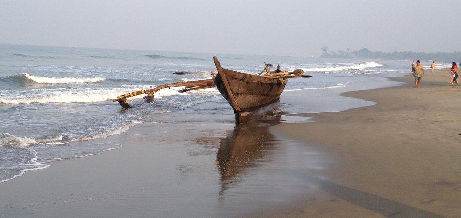 Рыбацкая лодка на Черепаховом пляже