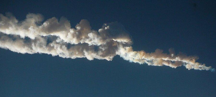 След метеорита в небе над Челябинском, фото @koropravich