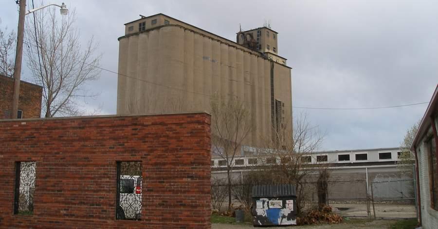 Фото Джеффри Скотта Холланда Ugly Industrial Building, фрагмент