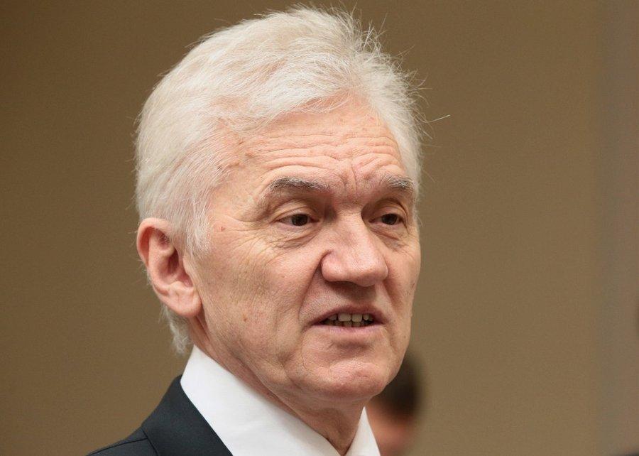 Первое лицо Российской Федерации, налоговый резидент Швейцарской Конфедерации
