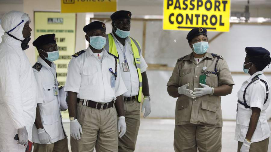 Как ловят Эболу в аэропорту Нигерии