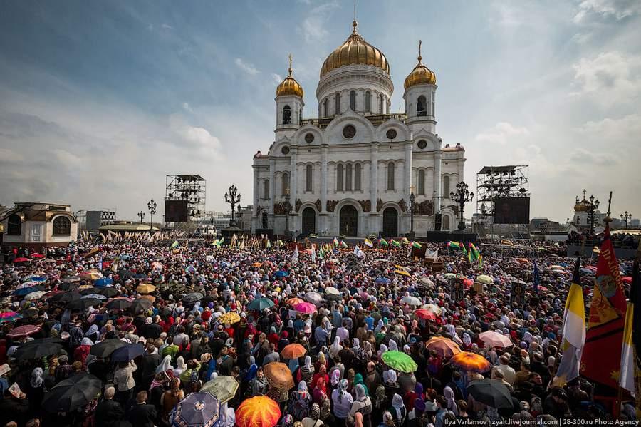 молебен в защиту веры, поруганных святынь, Церкви и ее доброго имени