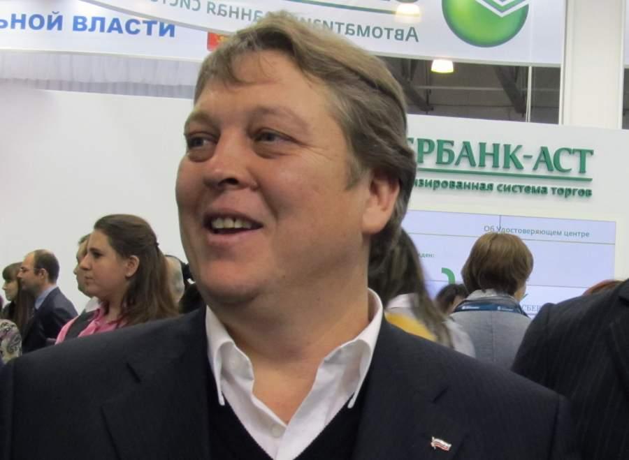 Юрий Савелов
