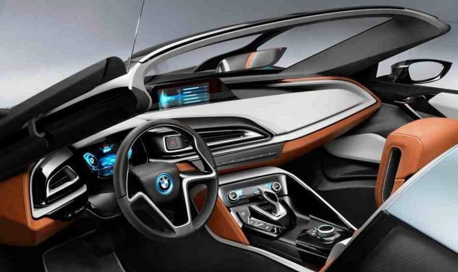 Салон концепт-кара BMW i8-Spyder