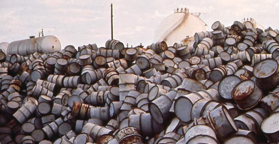 Бочки из-под нефти