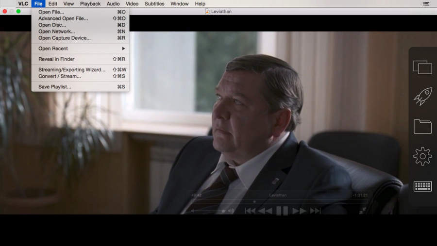 Роман Мадянов в сцене из фильма Левиафан, удалённый просмотр