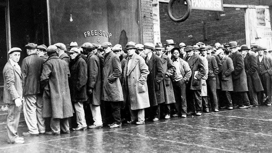 Великая Депрессия: очередь за супом в Чикаго