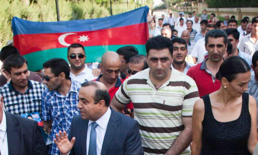 Триумфальная встреча Сафарова в Азербайджане