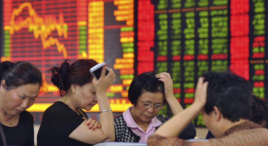 Шанхайская биржа сыплется. Фото Associated Press