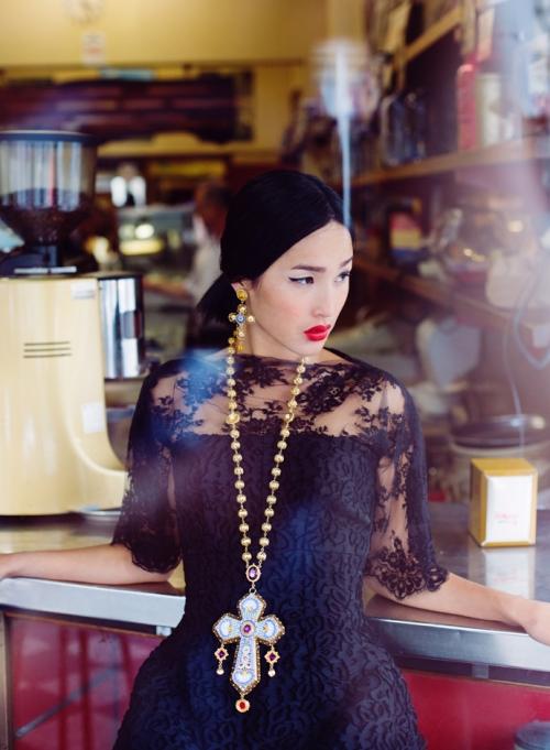 Николь Уорн в Dolce&Gabbana