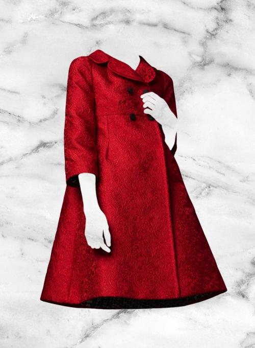 Красное парчовое пальто Dolce&Gabbana