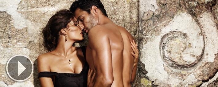 Летиция Каста и Ноа Миллс в рекламной кампании ароматов Dolce&Gabbana