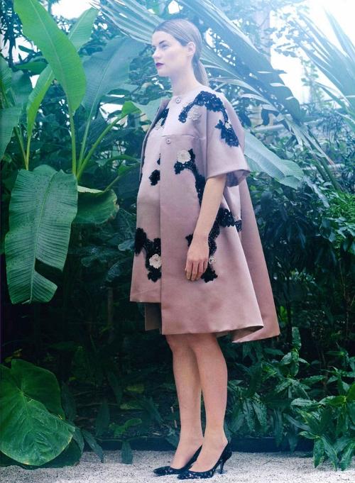 dolce-and-gabbana-dress-mum-germany-spring-summer-2014 (500x681)