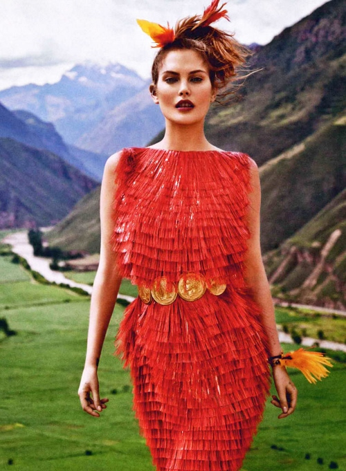 dolce-and-gabbana-dress-vogue-russia-march-2014-by-mariano-vivanco (500x681)