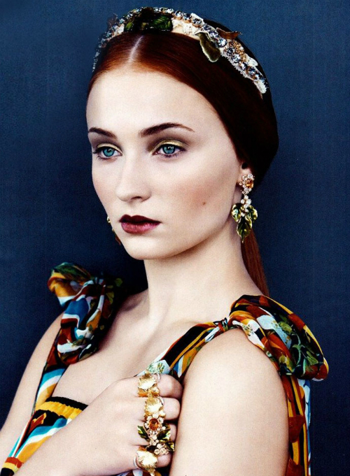 sophie-turner-photos-in-dolce-and-gabbana-vogue-us-2013