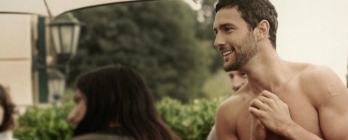 model-noah-mills-in-dolcegabbana-spring-summer-2014-mens-campaign-exclusive-video-backstage