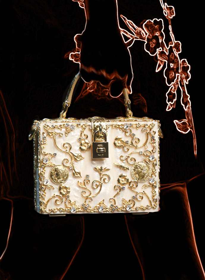 spring-summer-2014-accessory-trends-dolce-and-gabbana-gold-application-mother-of-pearl-dolce-bag