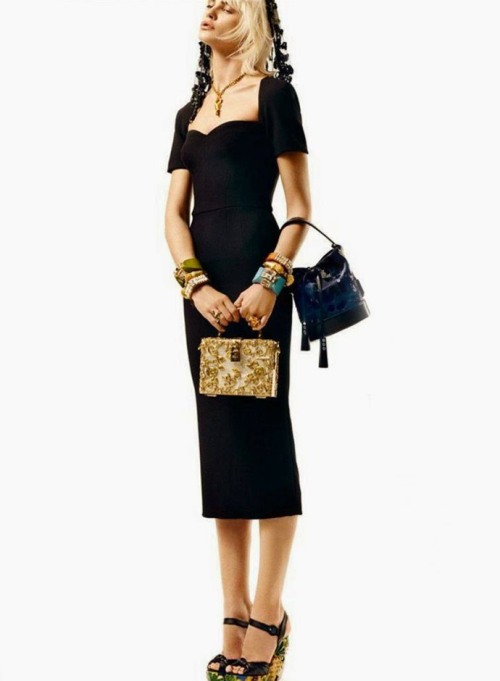 dolce-and-gabbana-black-dress-is-the-must-have-this-spring-summer-2014-madame-figaro-march-2014