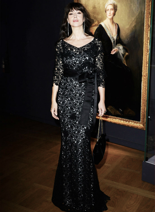 monica-bellucci-photos-dolce-and-gabbana-gown-at-the-cartier-exhibition-opening-in-paris-new2