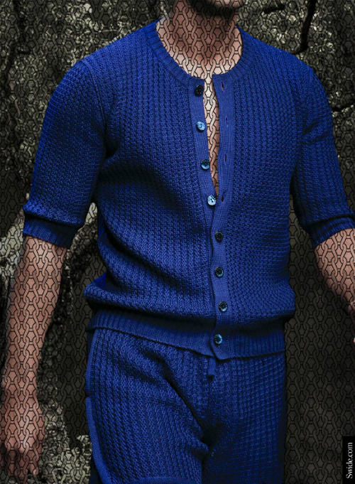 summer-2014-knitwear-trend-dolce-and-gabbana-cardigans-and-shorts-for-men-blue (1)