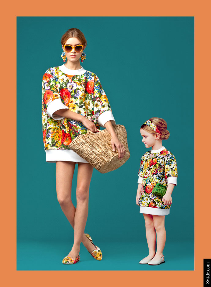mother-and-daughter-matching-dresses-ideas-from-dolce-and-gabbana-fall-winter-2014-15-bouquet-print-top