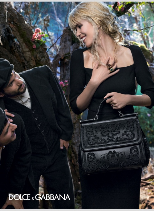 dolce-and-gabbana-fall-winter-2014-2015-campaign-ad-woman-collection-photos-accessories-intaglio (500x681)