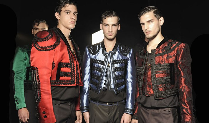 dolce-and-gabbana-spring-summer-2015-official-backstage-photos-17