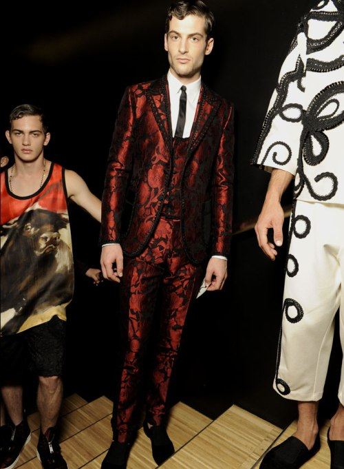 dolce-and-gabbana-spring-summer-2015-official-backstage-photos-20
