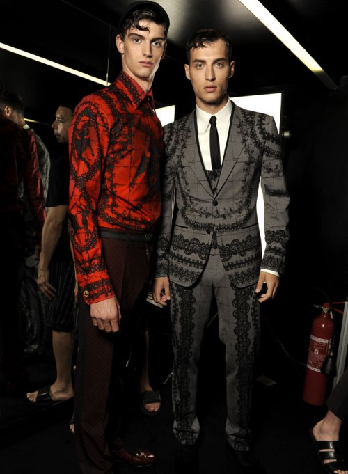 dolce-and-gabbana-spring-summer-2015-official-backstage-photos-23