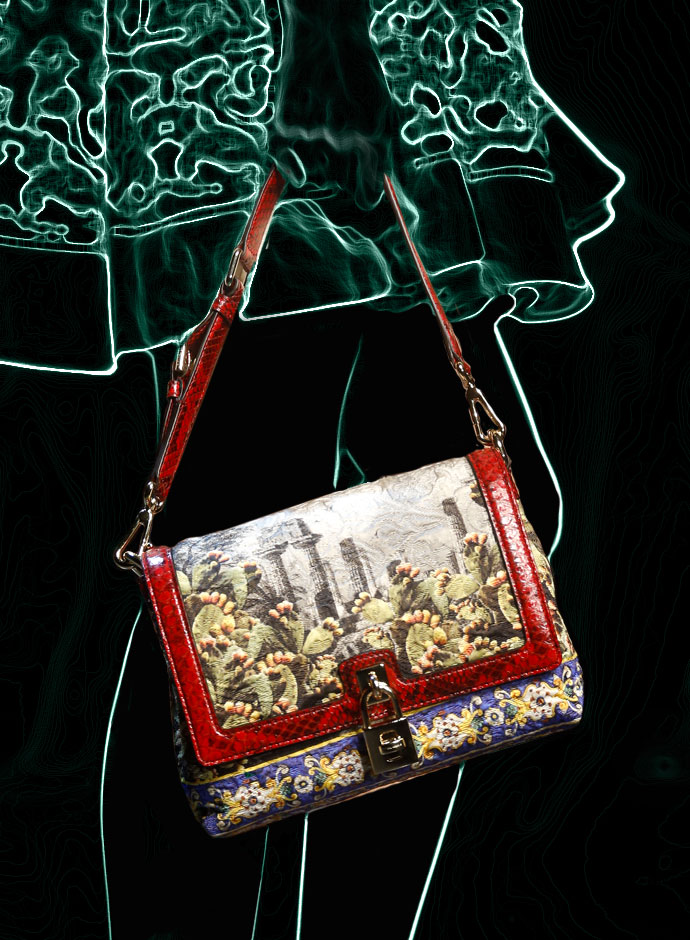 spring-summer-2014-accessory-trends-dolce-and-gabbana-temple-and-majolica-print-dolce-bag